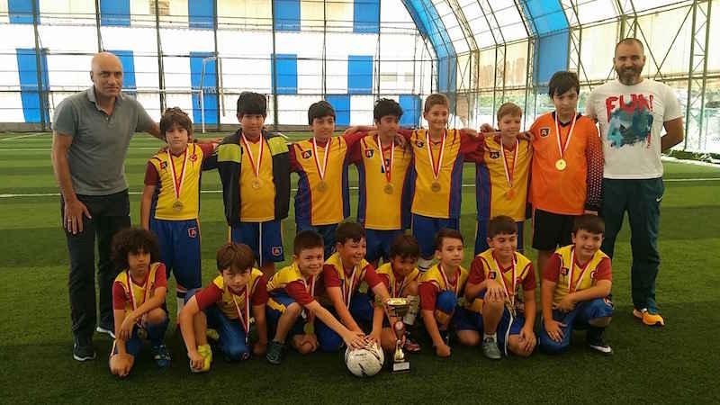 Minik Erkek Futbol Takımı ŞAMPİYON