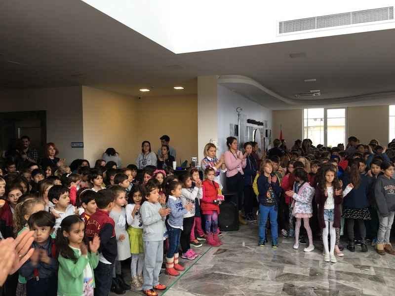 ALKEV Özel Okulları Eczacıbaşı VitrA Bayan Voleybol Takımını Kutladı!
